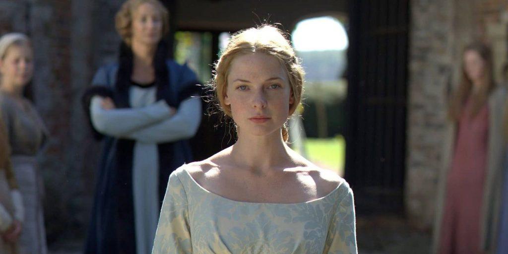 A atriz Rebecca Ferguson como Elizabeth Woodville em um still do primeiro episódio de The White Queen, BBC One/Starz