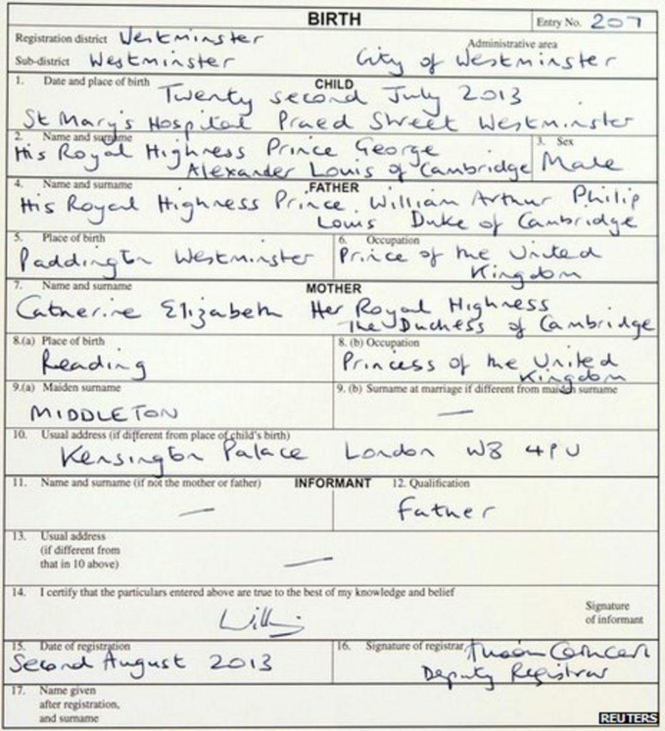 A certidão está escrita a mão, o local de nascimento (Westminster), a data de nascimento, o nome completo de George, de William e Kate, a profissão de ambos, local de nascimento deles (Reading no caso de Kate e Westminster de William). A residência oficial (Palácio de Kensington) a data da emissão e assinatura de William.