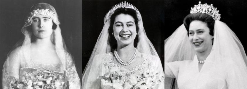 A montagem de fotos é toda em preto e branco. A Rainha mãe usa flores no cabelo enquanto nas outras fotos Elizabeth e Margaret usam tiaras. A Rainha mãe está séria, Elizabeth e Margaret sorriem.
